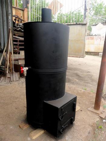 Железная печь из трубы