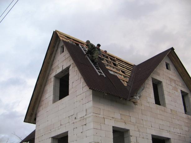 Крыша в газобетонном доме своими руками