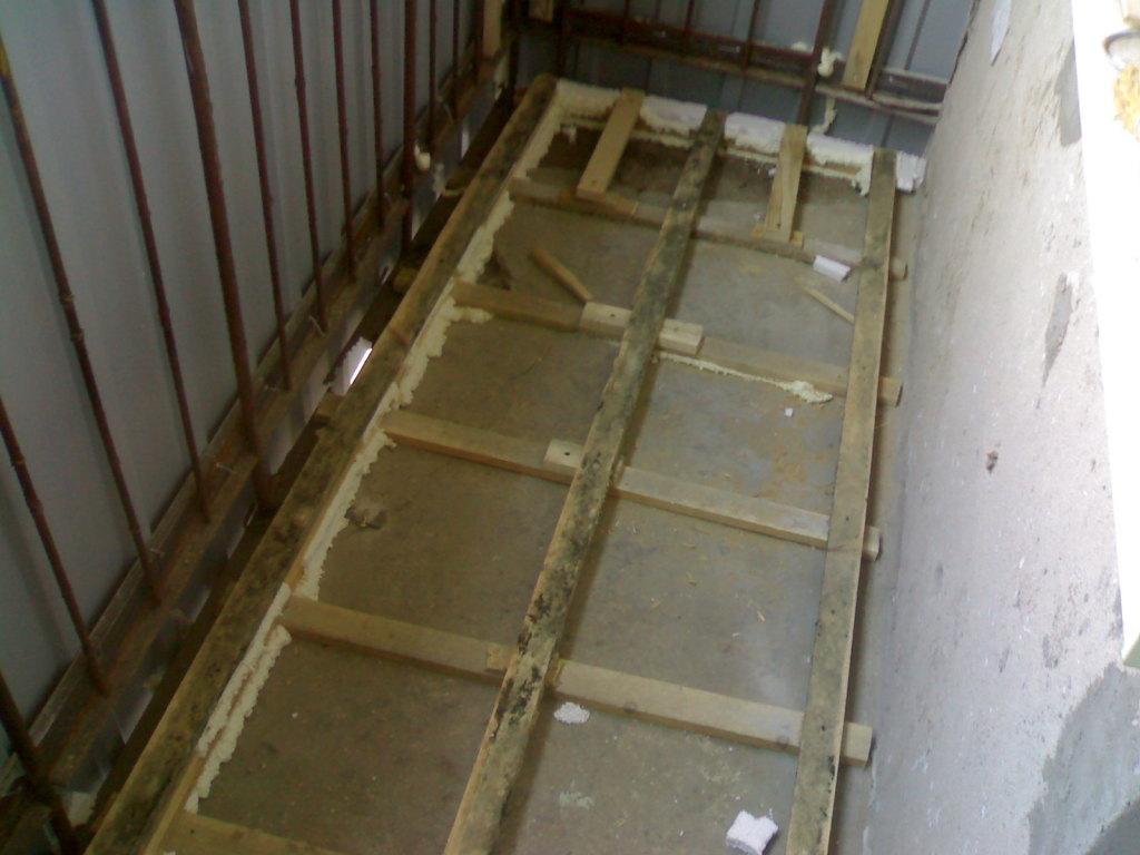 Как сделать бетонный пол на балконе