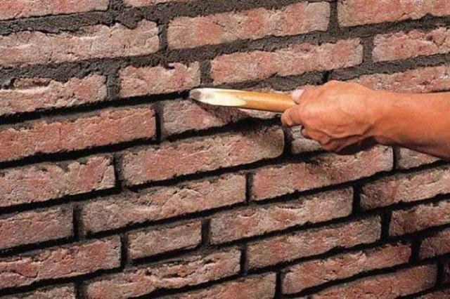 Как покрасить старую кирпичную стену своими руками 45
