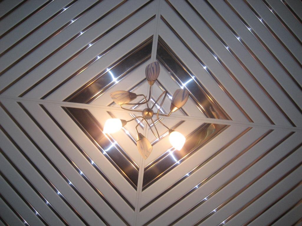 Навесной потолок из пластика своими руками пошаговая инструкция 28