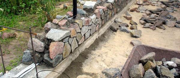 Бутовая кладка из натурального камня