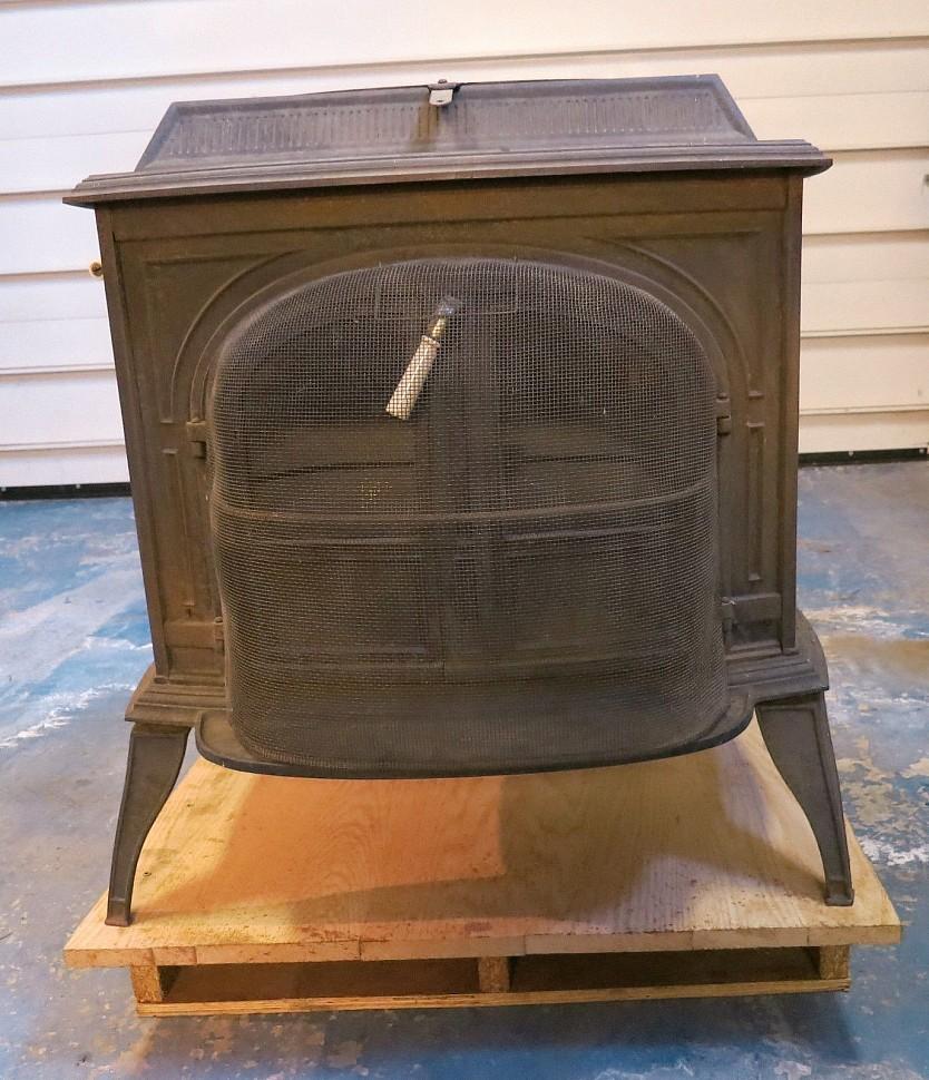 печь Encore vermont castings с защитным экраном из металла