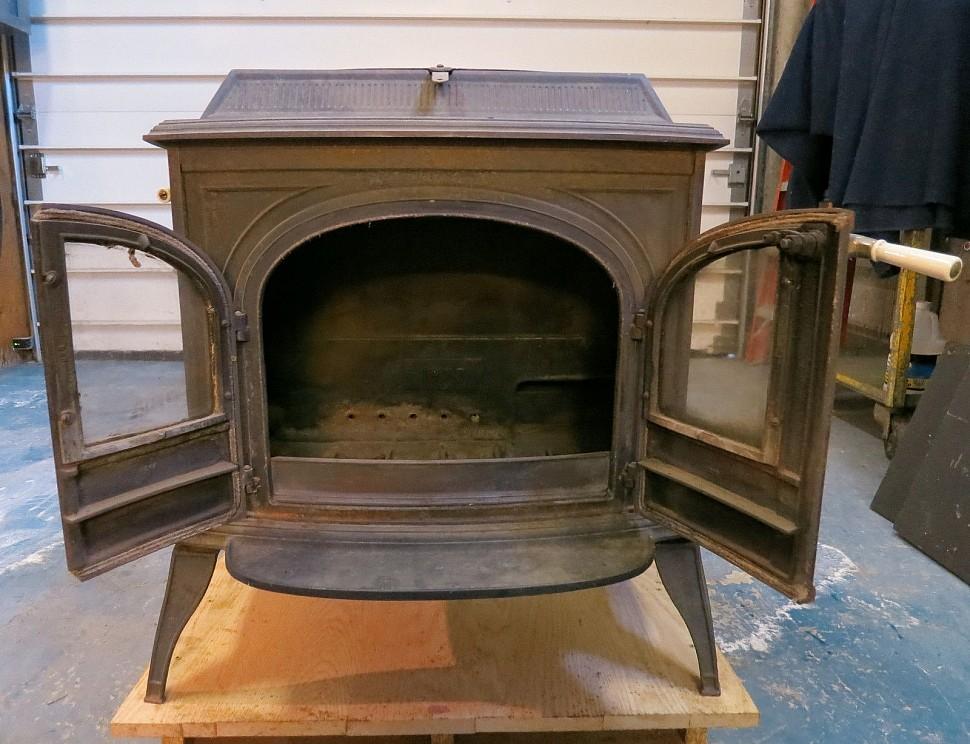 печь Encore vermont castings с открытыми дверками