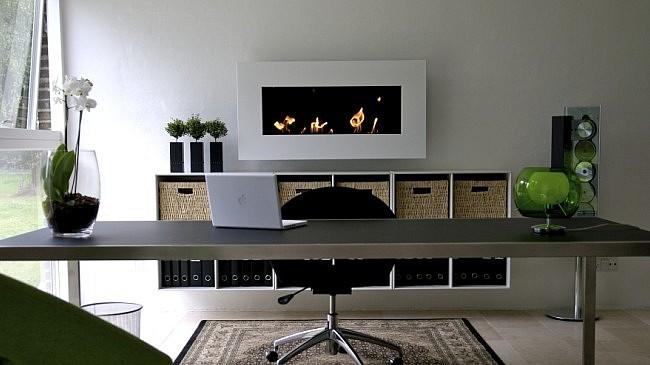 Современный интерьер рабочего кабинета в доме